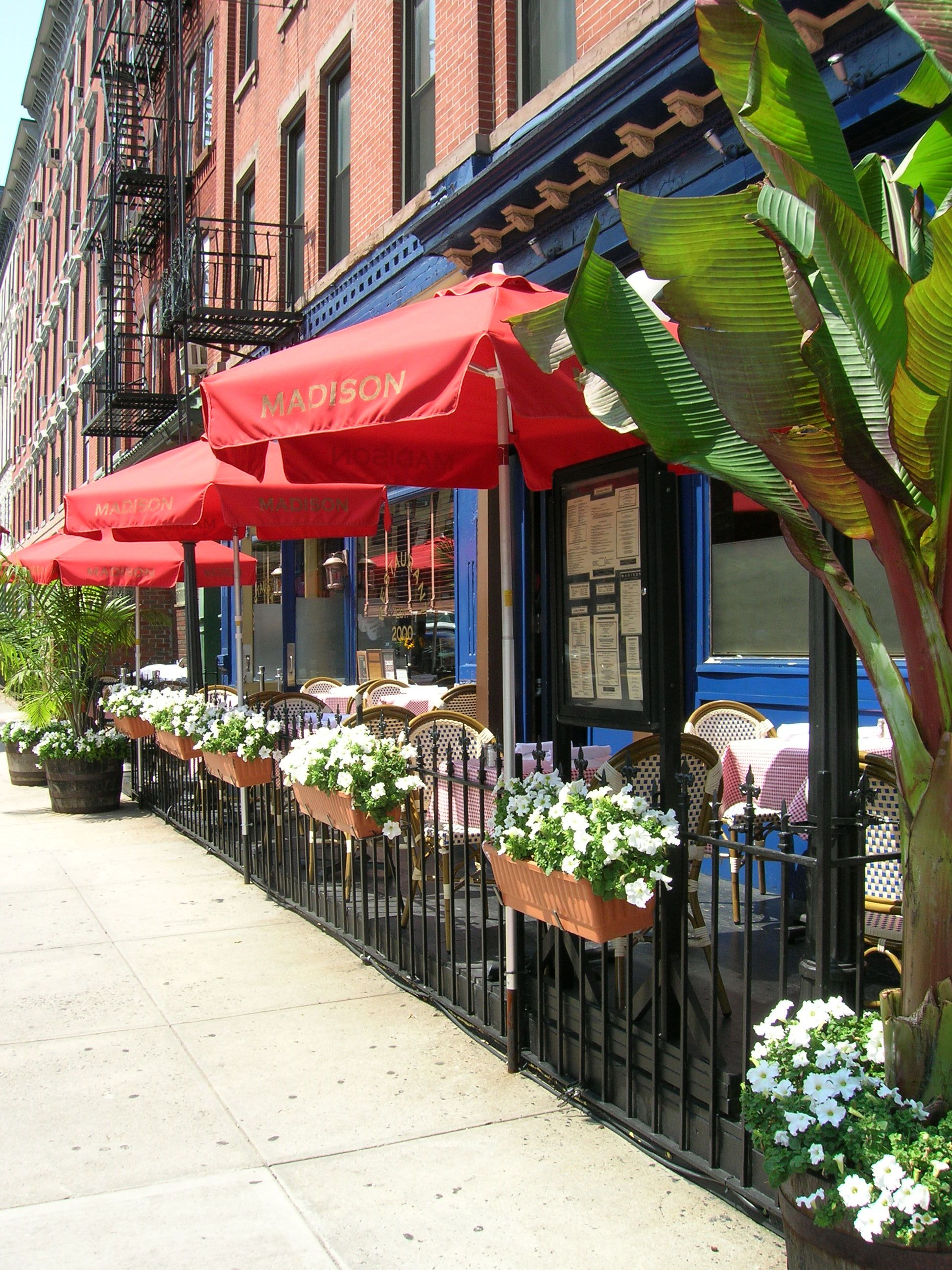 Outdoor Cafe Outdoor Cafe At Madison Hoboken Sidewalk