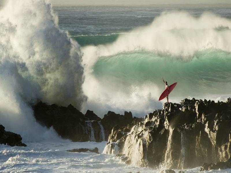 Das ist die perfekte Welle - Hawaii ist nicht umsonst ein Paradies für Surfer. Doch die Inseln bieten noch so viel mehr!