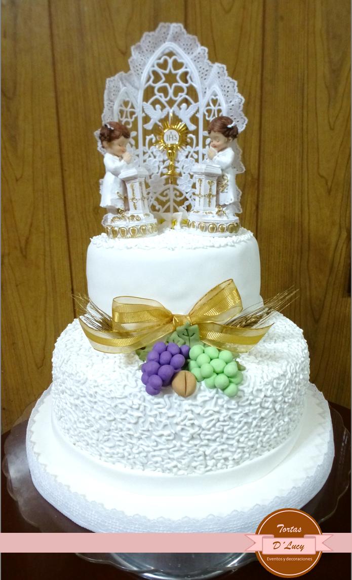 Torta para 2 ni as que hacen la primera comuni n tortas for Decoracion de tortas para ninas