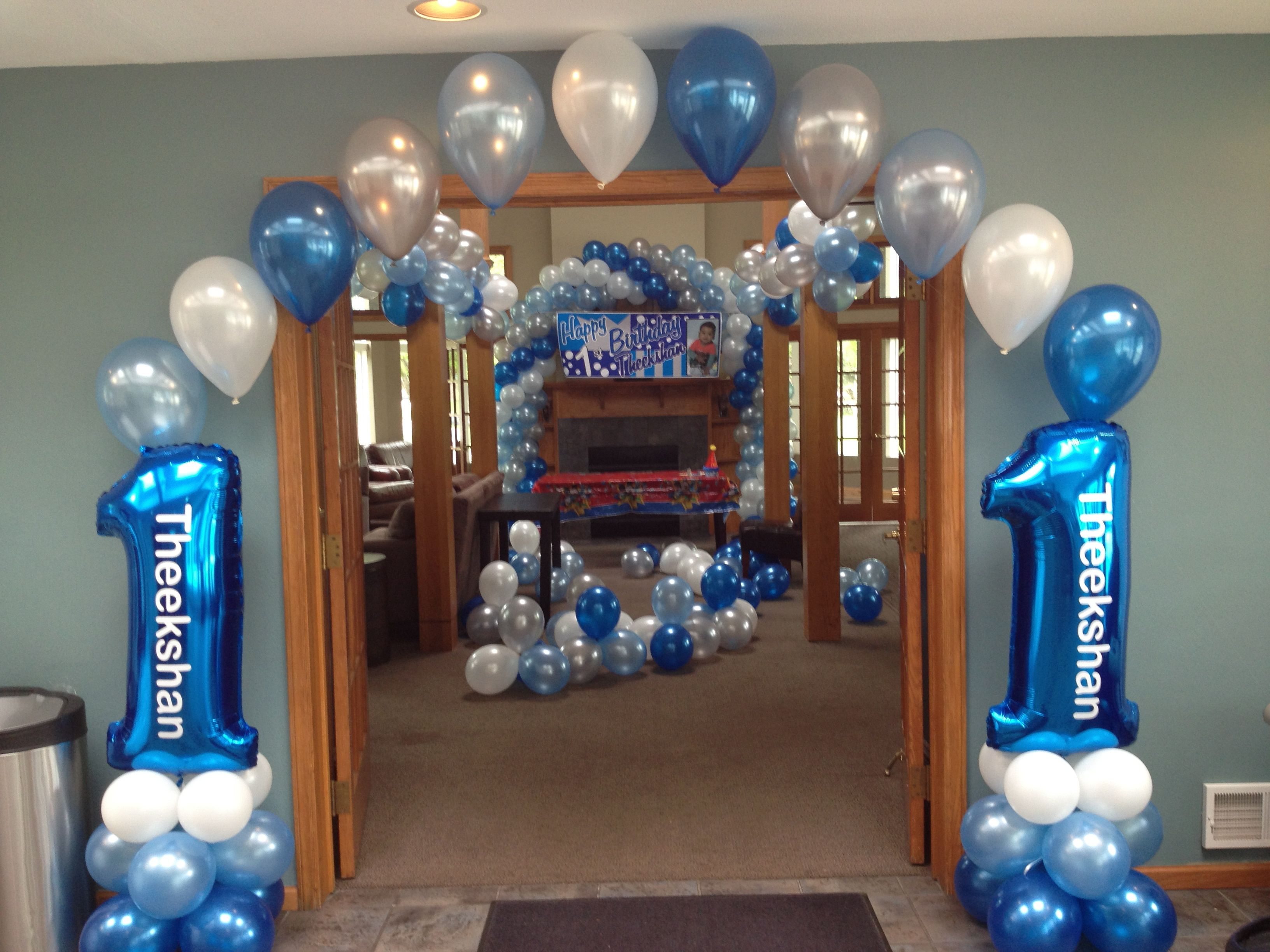 1st Birthday Balloon Arches