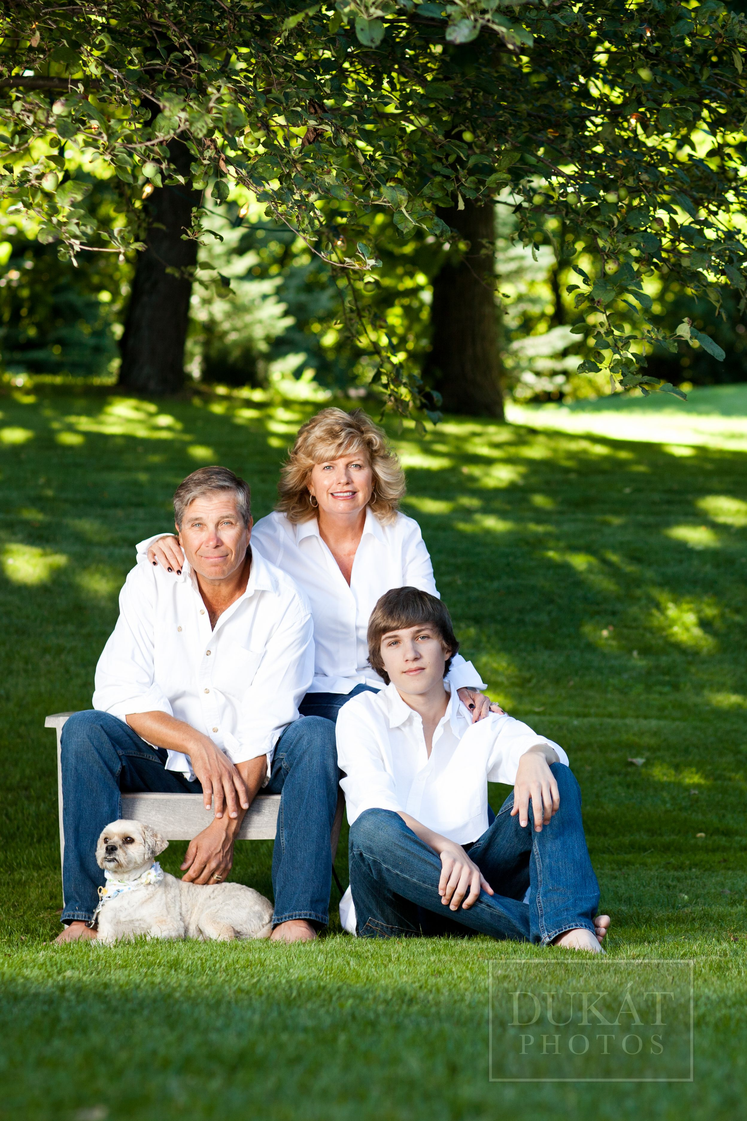 Outdoor Summer Family Photo Shoot
