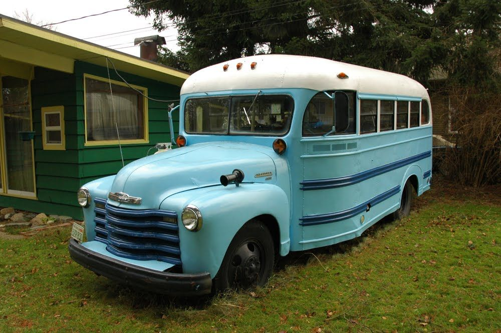 Chevrolet 4500 School Bus (1949).