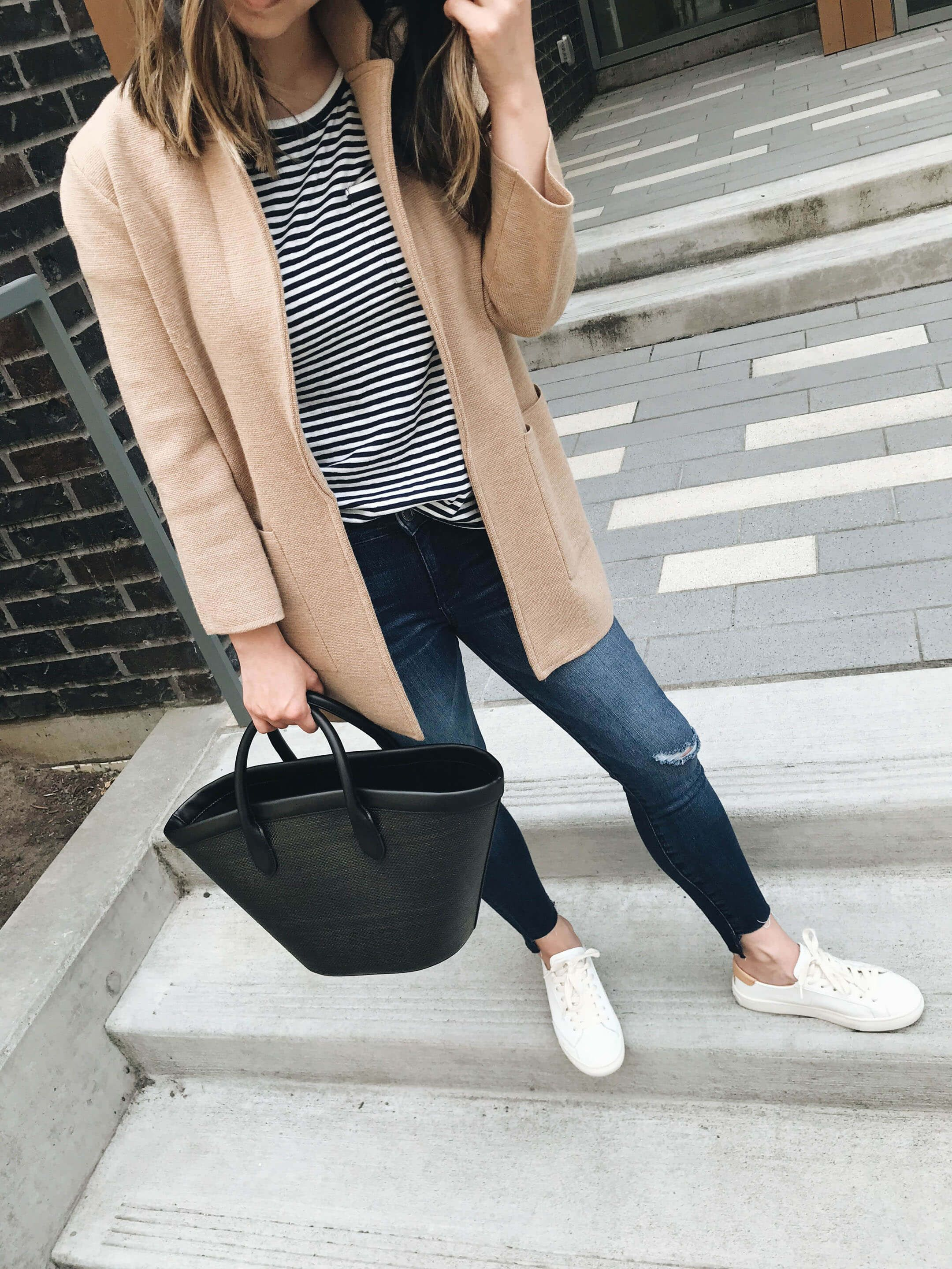 photo Outfit Ideas for the Fall-to-Winter Transition