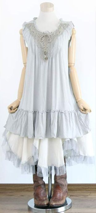 Blue Isn T A Typically Mori Color But This Dress Still Has The Foresty Serene Feel To It If Only I Was Pinterest Fashion