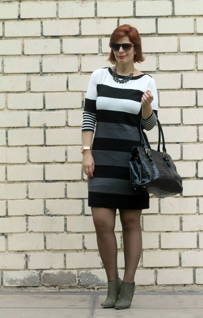 412424ca8 DIVINA EJECUTIVA  Mis Looks - Vestido y botines