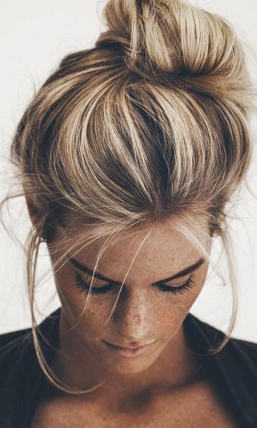 Pin Von Mariana Auf Cheveux Frisuren Dutt Frisur Und Balayage