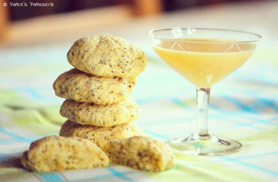 Das Rezept für diese Eierlikör-Mohn-Mookies ist jetzt online! Ausprobieren lohnt sich 😉 #linkinbio #patcespatisserie #mookies #cookies #muffins