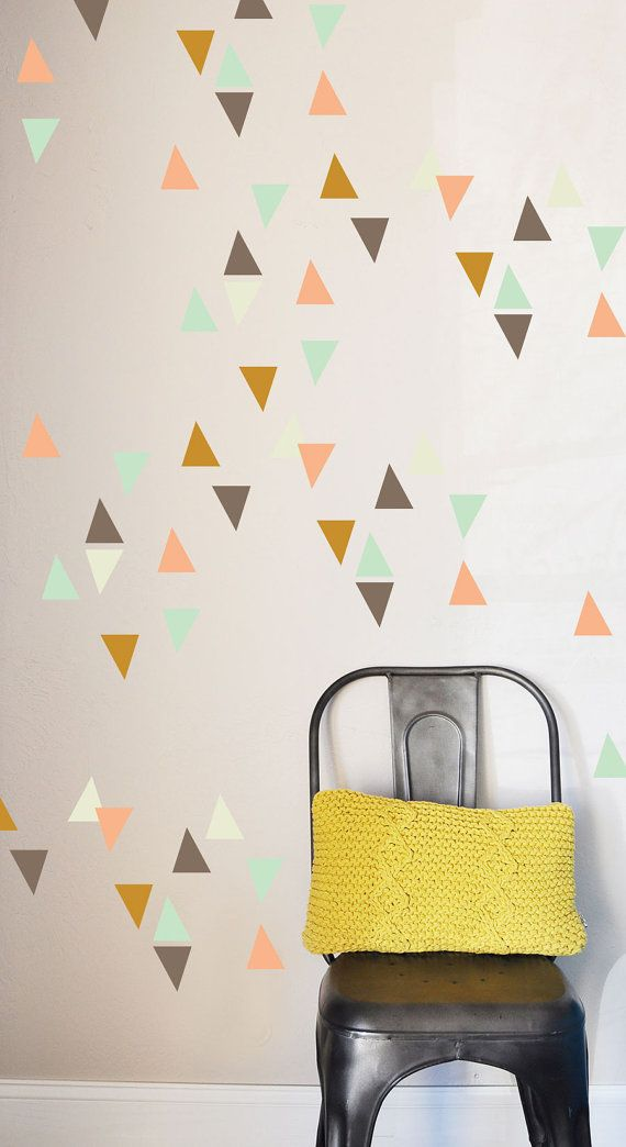 Confetti Triangles Wall Decal Van Thelovelywall Op Etsy Con