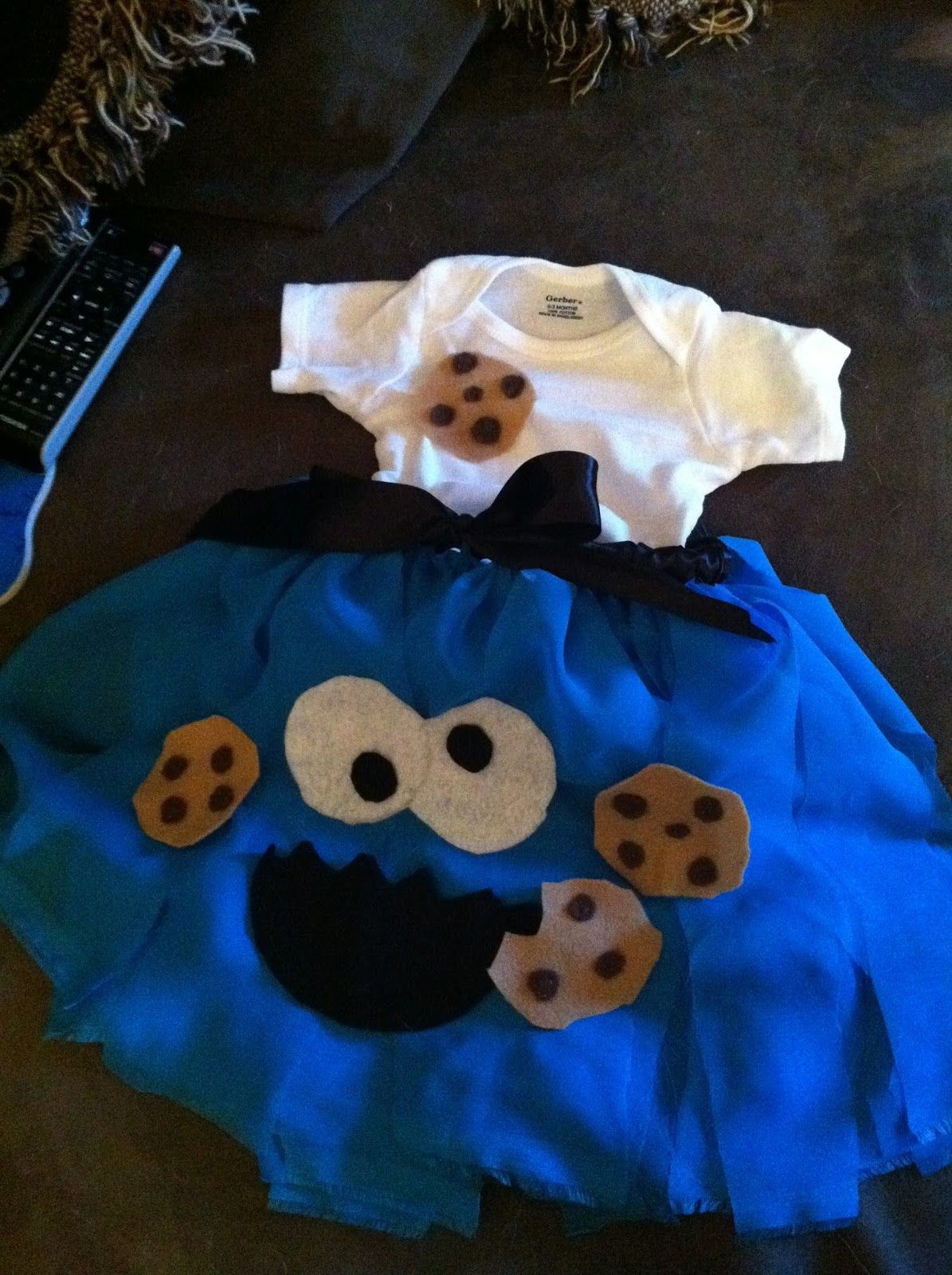 Monster Halloween Cookies: Cookie Monster Costume For My Baby Girl!