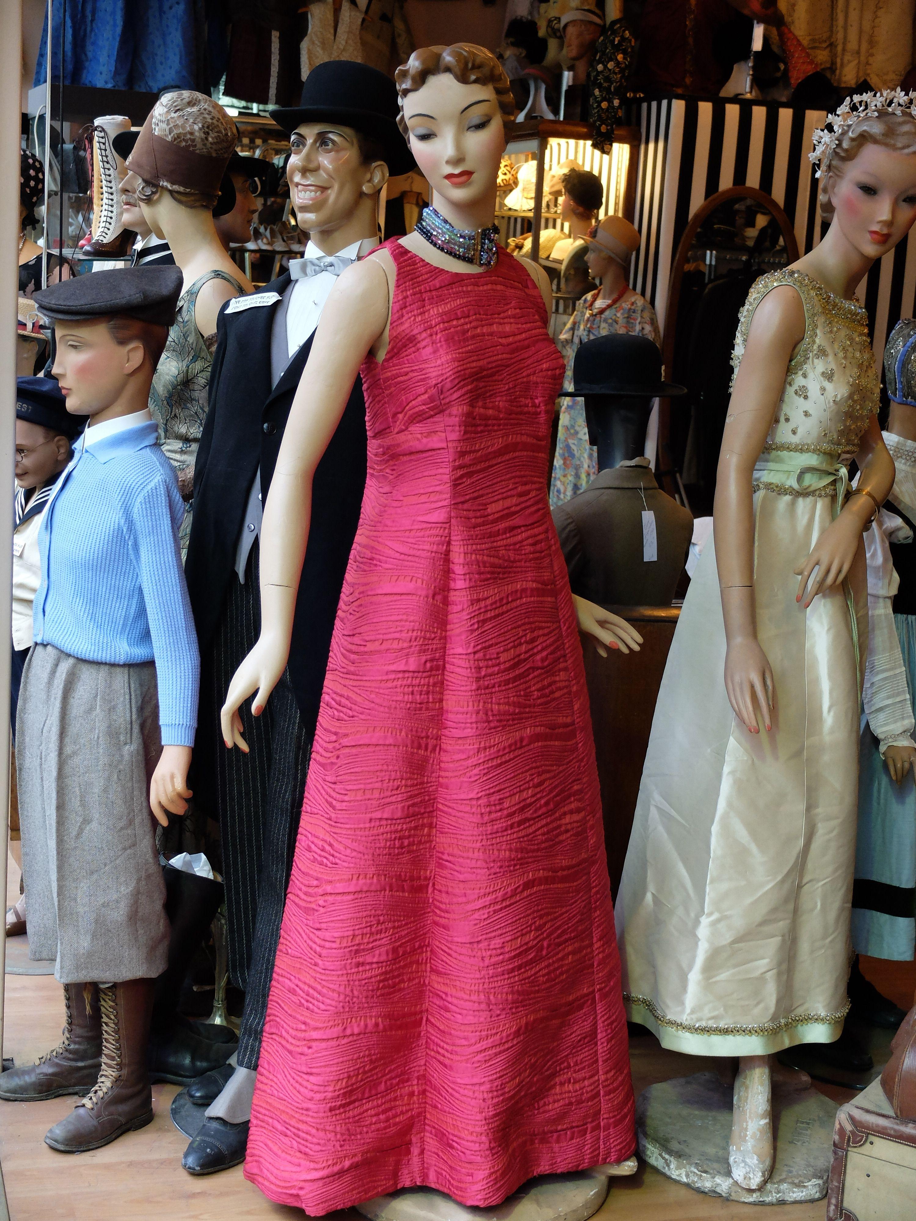 2 Robes Du Soir Balmain Annees 60 Robe Du Soir Costume Historique Robe