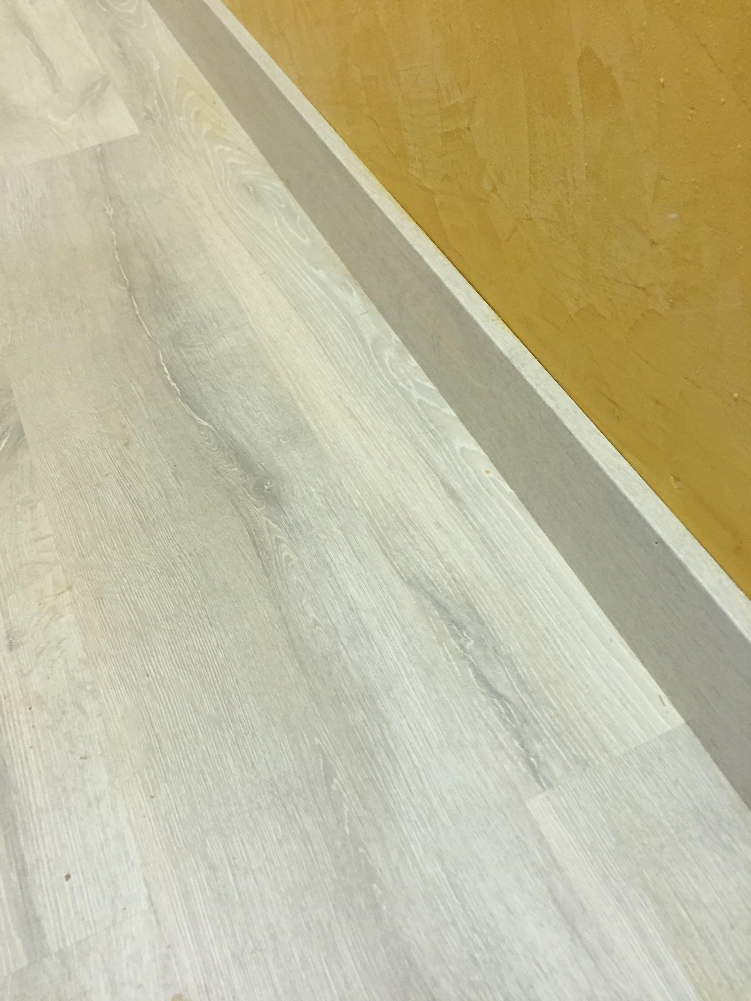 Instalaci n de suelo laminado quick step classic cl1653 for Suelo laminado quick step leroy merlin