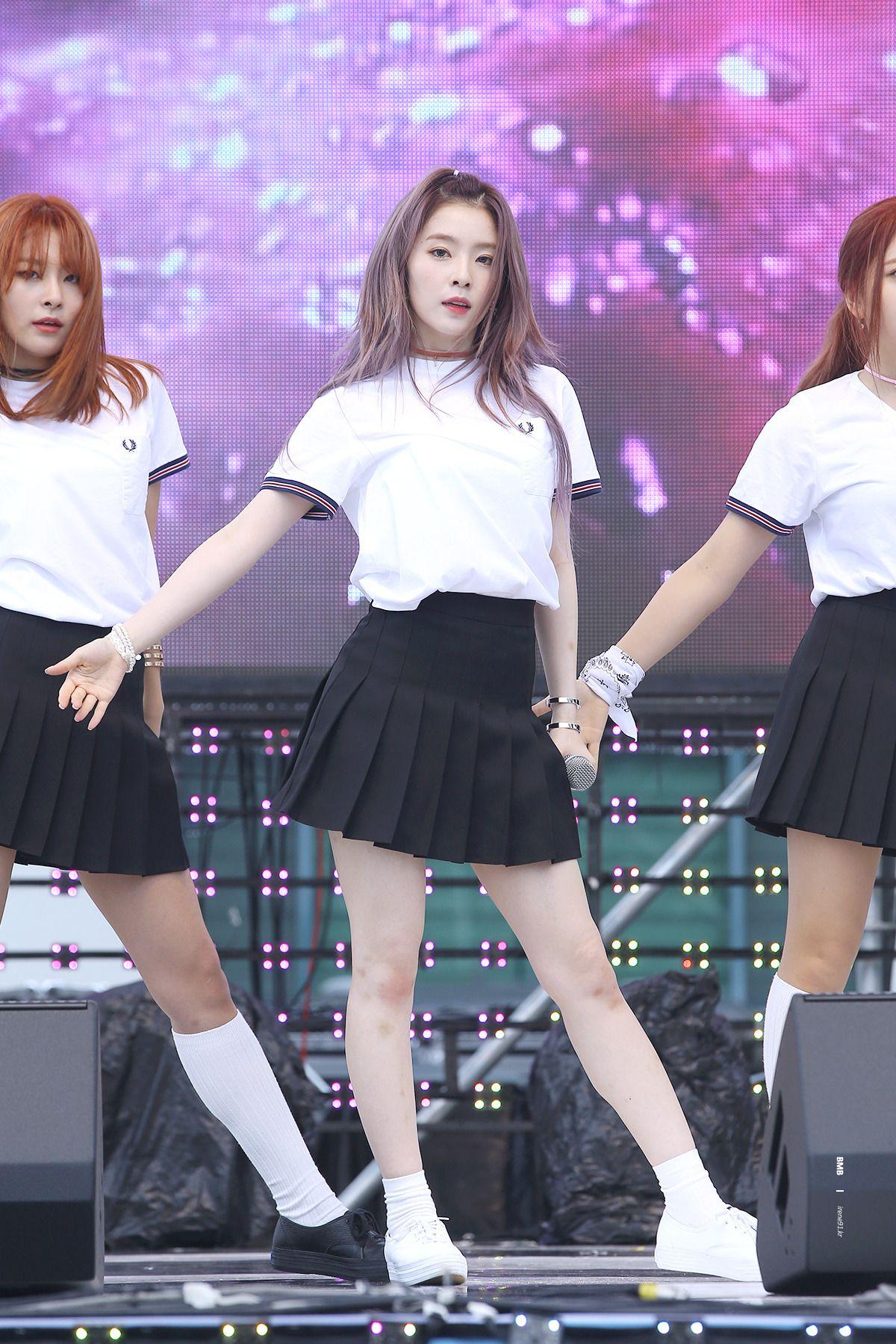 P Photoblog Dedicated To Female Kpop Idols P Red Velvet Irene Velvet Fashion Fashion