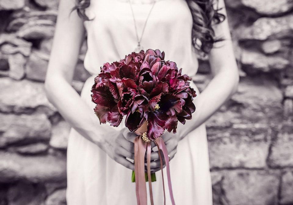 7 Najlepszych Pomyslow Na Stylowy Bukiet Slubny Dla Panny Mlodej Blog Slubny Slubi Pl Wedding Fun Couple Jesus More