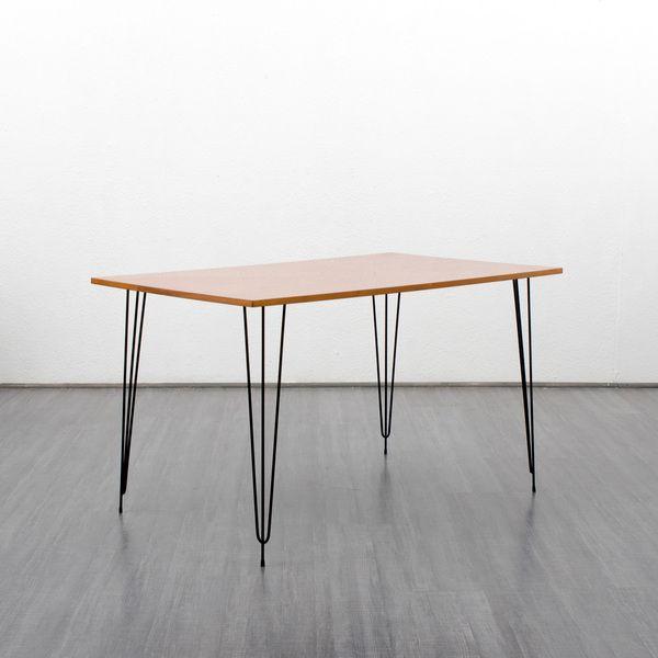 60er Jahre Esstisch mit Hairpin Legs, Nussbaum von VELVET-POINT ...