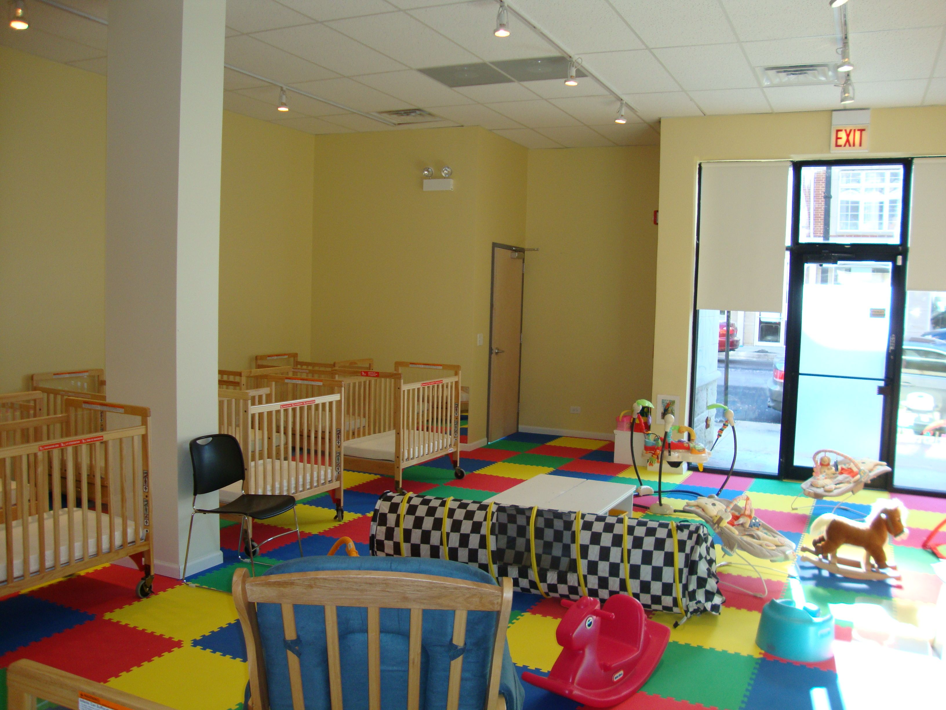 Daycare infant room infant room from back daycare Dacare room designs