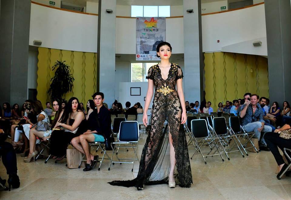 Universidad aut noma de durango moda uds ud uad for Universidades en hermosillo
