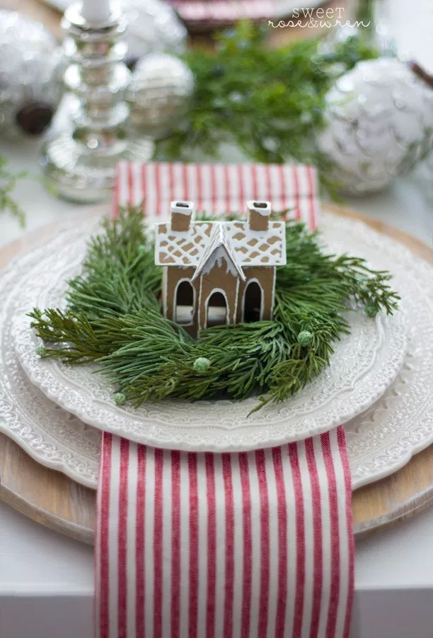 Christmas Tablescape | The wood chargers were unfinished from Michaels that I st…