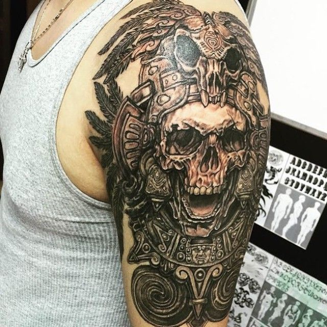 Shoulder Piece. #tattoo #tattedskin Artist: @jingstattoo