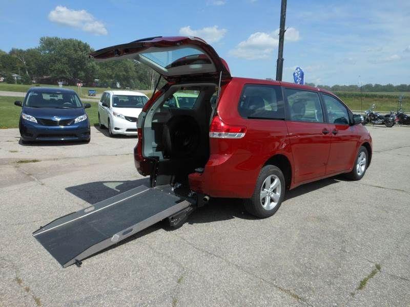 2014 Toyota Sienna Used cars, Cars, Toyota