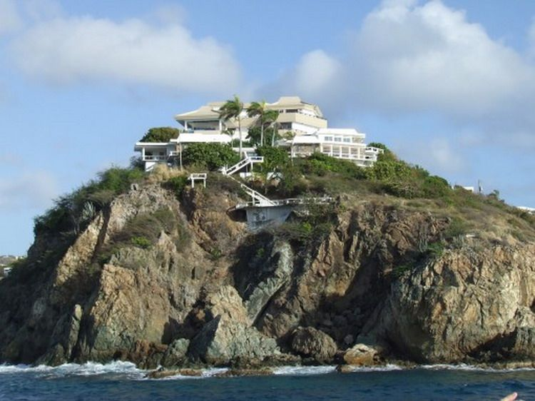 10 images about rich famous on pinterest hollywood hills homes donald trump and palm beach