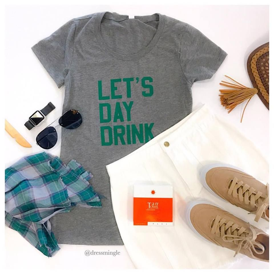 You don't have to ask us twice! 💚🍺 #whitedenim #stpattys #225 #tantowels #sneakers #drinkincomfort #winwin #lotd