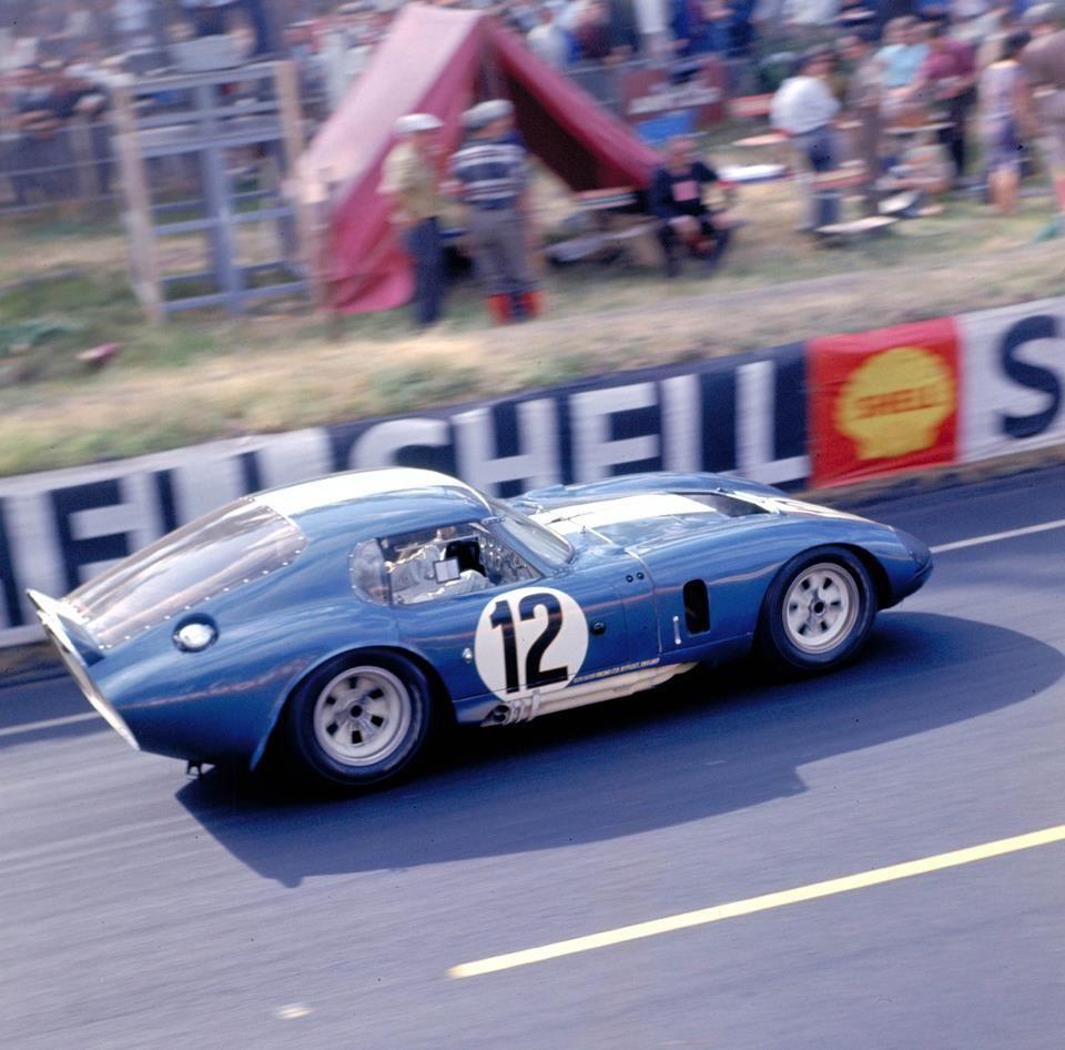 1965 AC Shelby Cobra Daytona Ford (4.727 cc.) Jo Schlesser