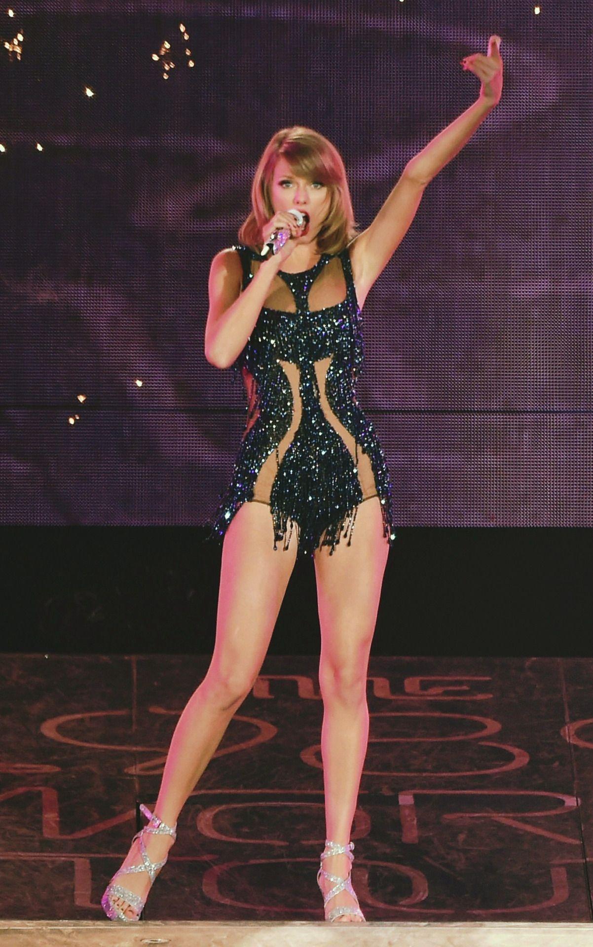 Serbian Swiftie  Photo  Taylor Swift Legs, Taylor Swift -7547