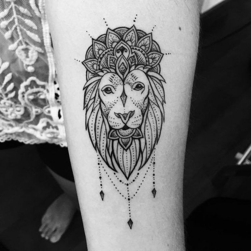 Tattoo Hip Lion Ink 25 Ideas Hip Tattoo Mandala