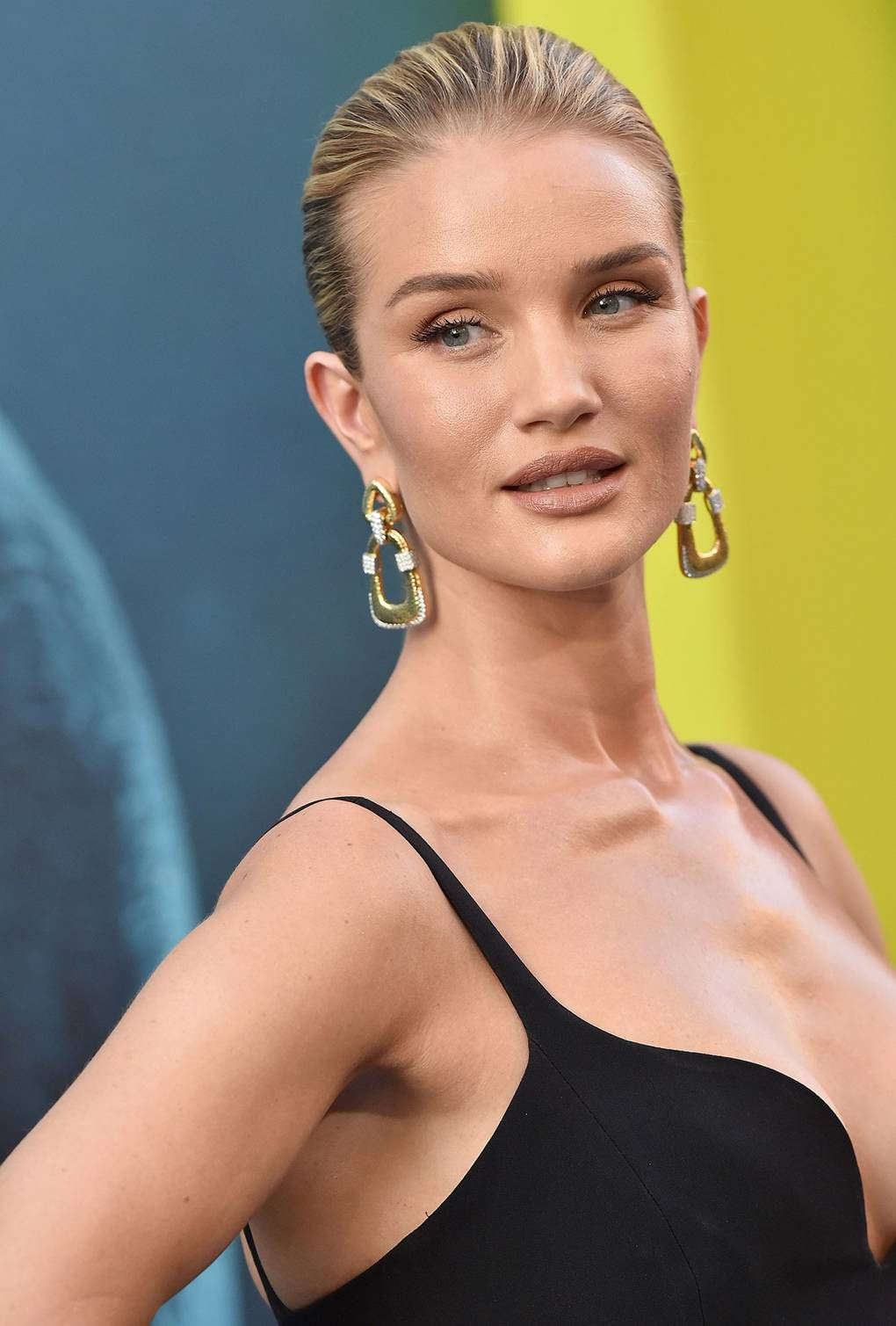 Celebs are going nude on their lips: Tips on how you