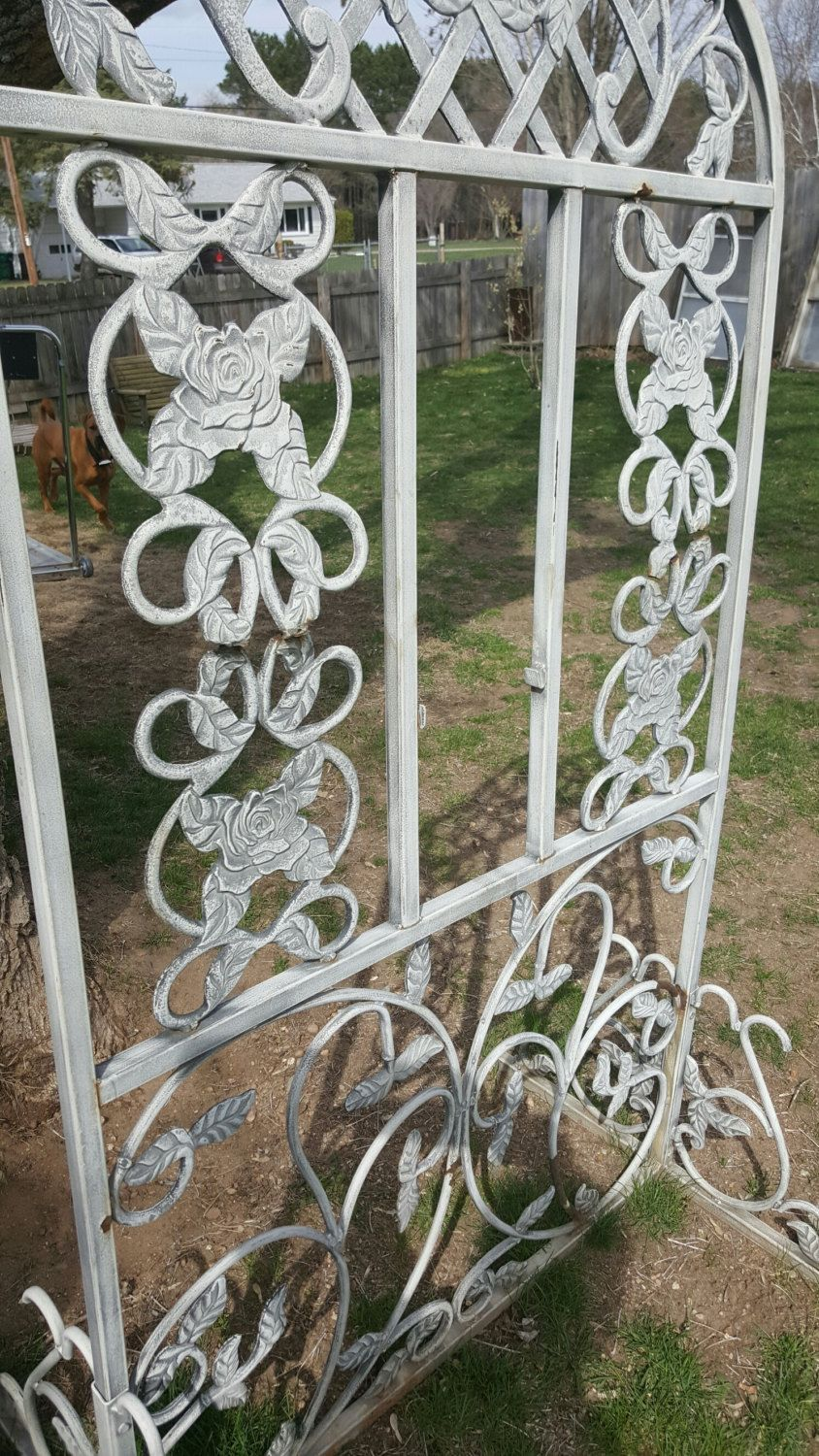 Wrought iron outdoor decor - Vintage Garden Trellis Cast Iron Garden Decor Flower Antique Trellis Wrought Iron Gate Outdoor Decor Metal