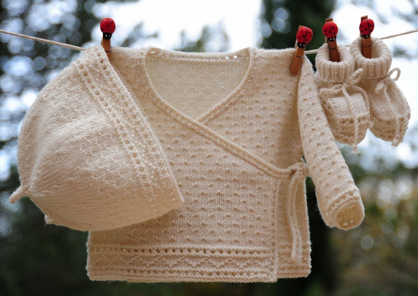 cba3d8a97f539 layette ensemble mérinos naissance-1 mois neuf tricoté main brassière  croisée bonnet et chaussons