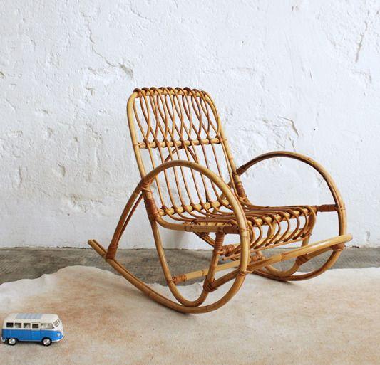 Fauteuil osier vintage années 60 70 rotin 1970 Rocking chair Enfant