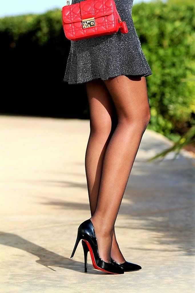 Sexy Legs In Nylons And Heels