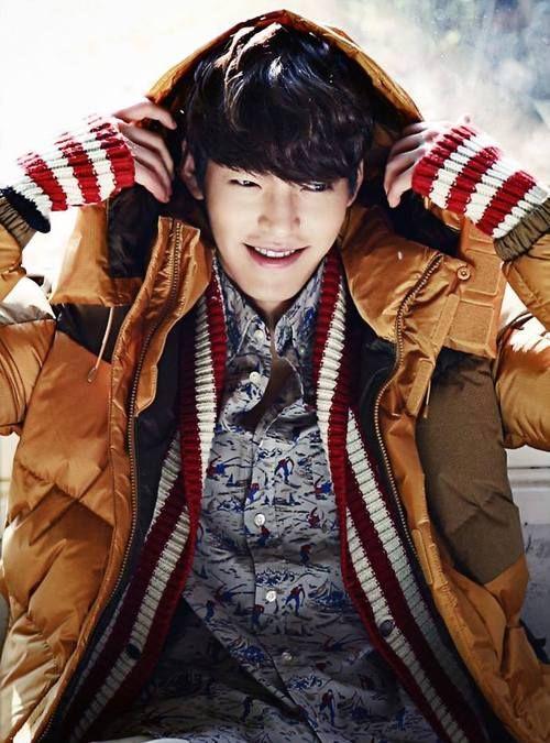 "Kim Woo Bin Talks About His 9-Member ""Group"" Of Actors ...  |Sung Joon And Kim Woo Bin"