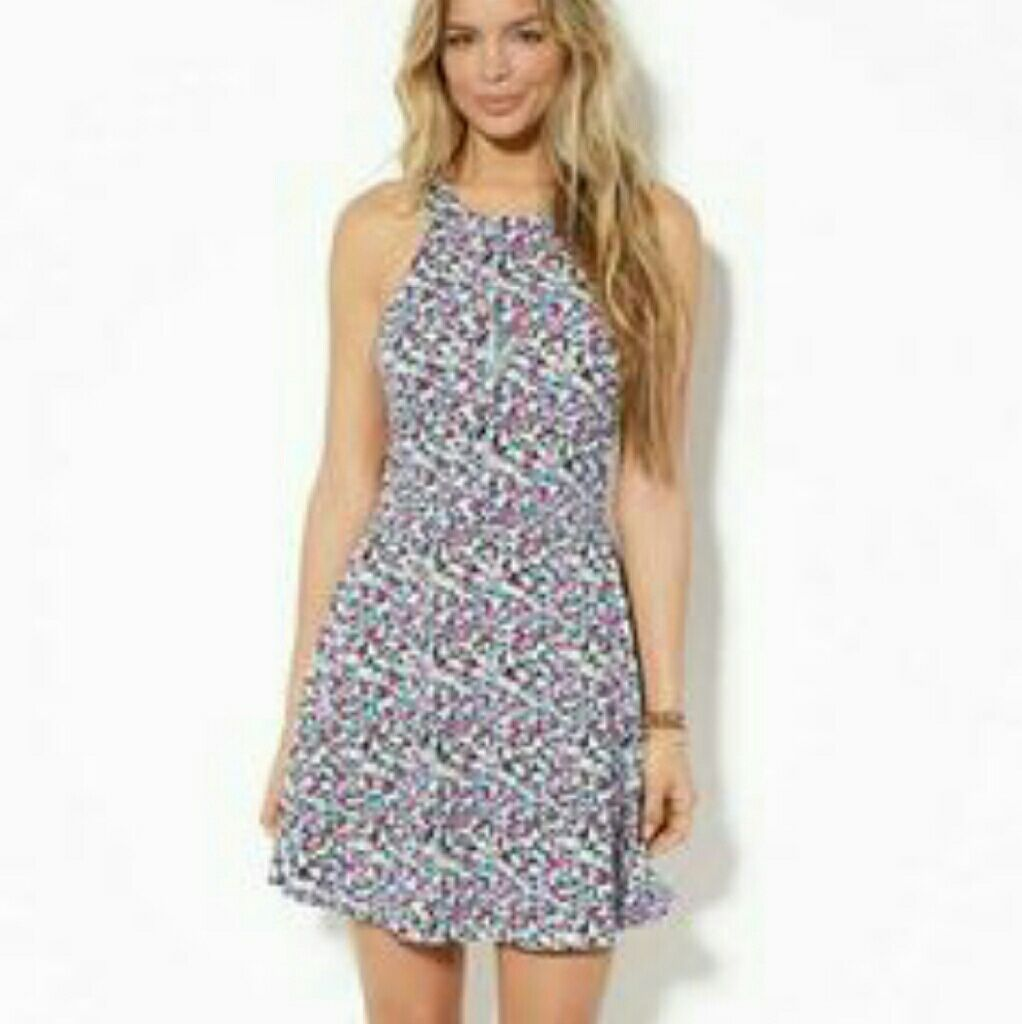3a1a2028461 American Eagle Floral Cut Out Dress