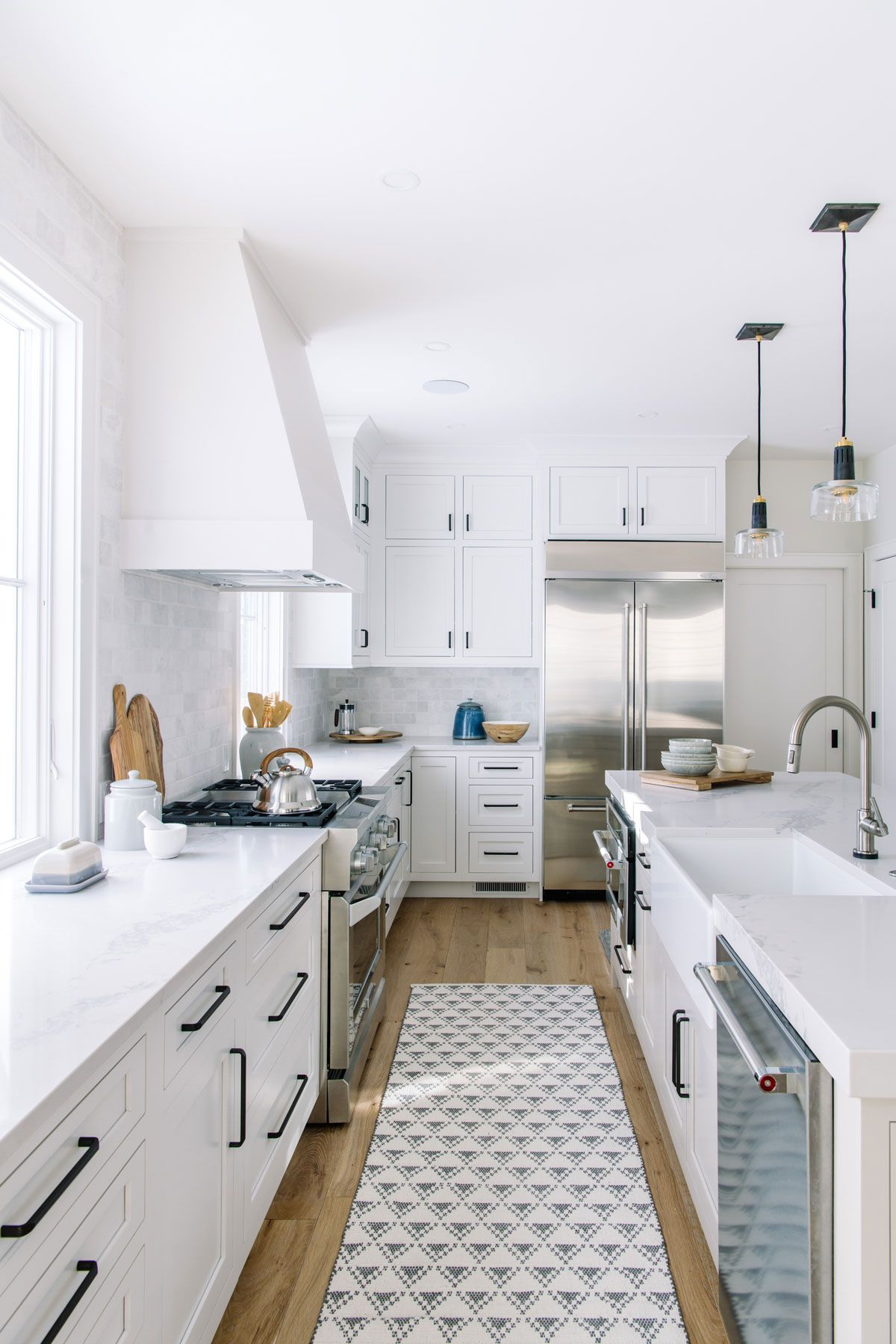 Before And After Timberline Project Reveal Interior Designer Des Moines Jillian Lare In 2020 Kitchen Remodel Modern Kitchen Remodel Full Kitchen Remodel