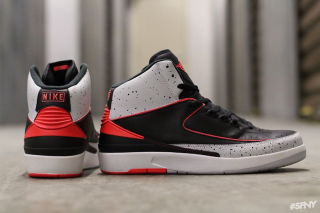 AIR JORDAN 2 (INFRARED/CEMENT)