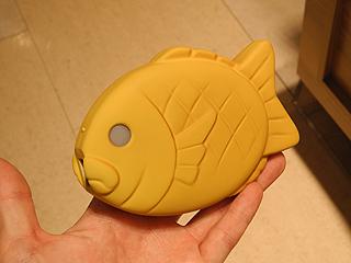 鯛焼き型のバッテリー「そそげ!たいやきくん」が店頭販売中 - AKIBA PC Hotline!