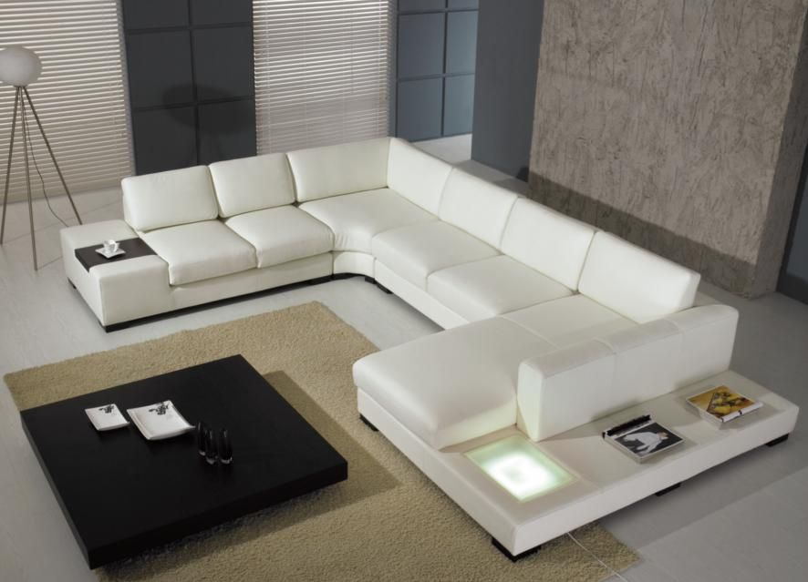 White | White leather sofa is a modern and elegant interior ...