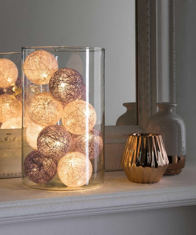 Guirlande lumineuse 17 boules à piles  Guirlande lumineuse
