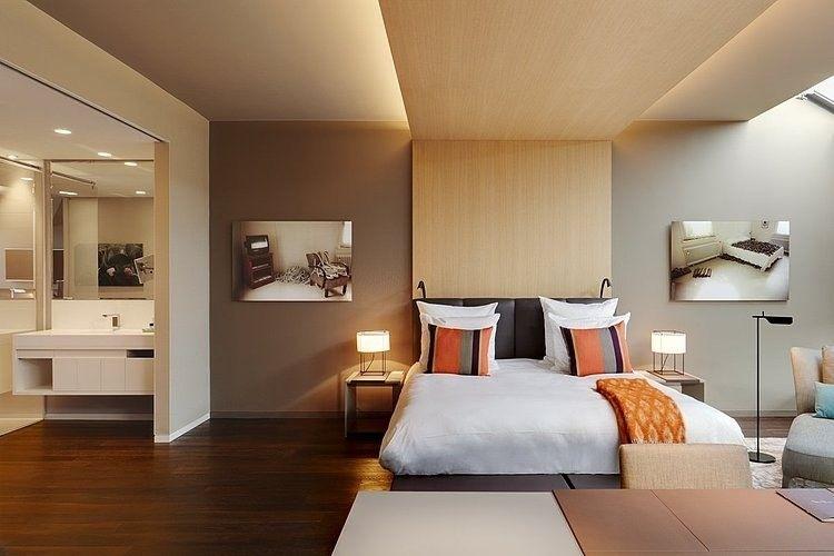 Das Stue Hotel Interior by Patricia Urquiola | Slaapkamer | Plafond | Verlichting | Bed | Hoofdbord