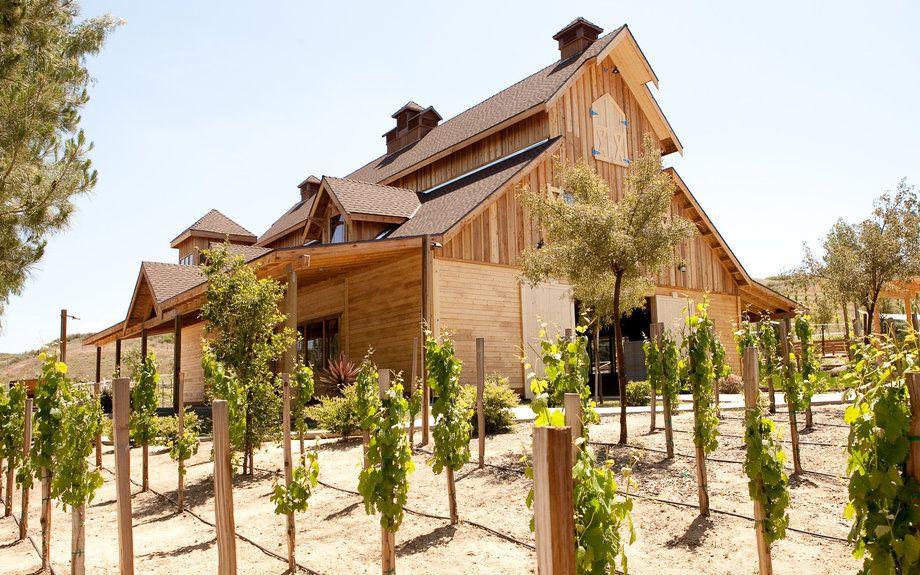 Best Wineries to Visit in Temecula Valley Wedding