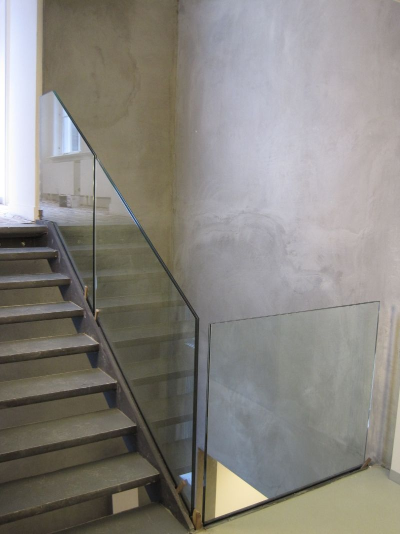 Best Pin By Annie On Stairs Trap Glass Stairs Floating Stairs Stairs 400 x 300