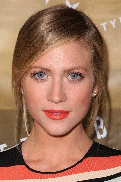 "barden bellas on Twitter: ""[NEW] @Brittanysnow at Ted Baker London SS'16 Launch Event - 03/02/206 # https://t.co/6tJKbgsmtU"""