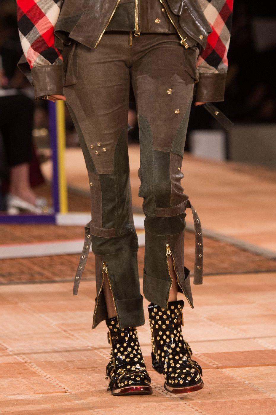 2cf0013872e1 Alexander McQueen at Paris Fashion Week