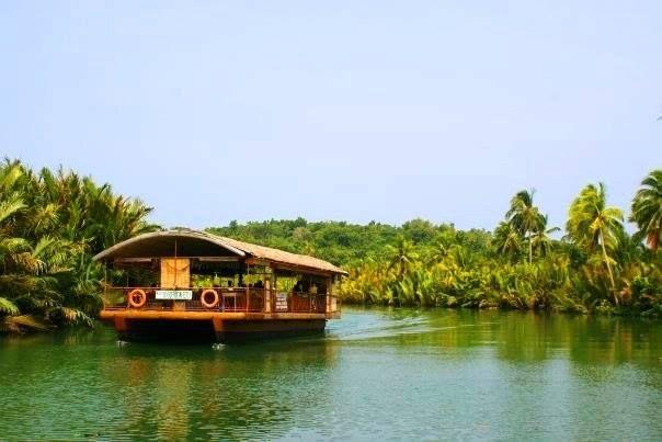 Bohol. Río Lobok. Filipinas