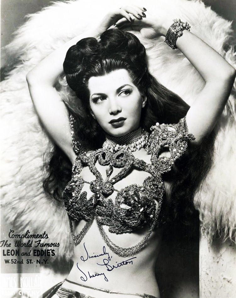 68ed01fa5c96 Seven 30s Burlesque Headline Honeys   burlesque, showgirls, gold era ...