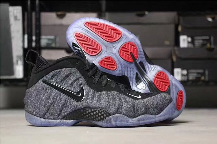 ... another chance 55c66 962a5 Nike put Tech Fleece on the Foams. Would you  pay 230 ... 6f86091e8fa6