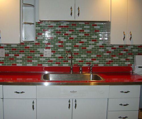 Love This Idea For A Retro Kitchen Kitchen Remodel Checklist Cheap Kitchen Remodel Kitchen Remodel