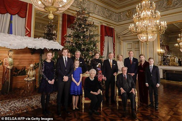 Queen Mathilde dazzles as she poses with family for festive photo   Christmas concert, Festival ...